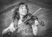 1. Portræt: `Jane med violinen`af Alex Skytte