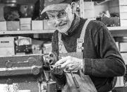 3. Portræt:`Garage mekaniker`af Alex Skytte