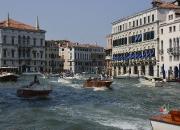 1. Trafik:`Venedig trafik`af Allan Juul