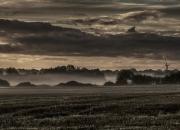 Oktober: `Morgendis i Tvis`af Gunnar O. Knudsen